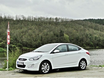 HYUNDAİ ACCENT BLUE AUTOMATİC (VERNA)